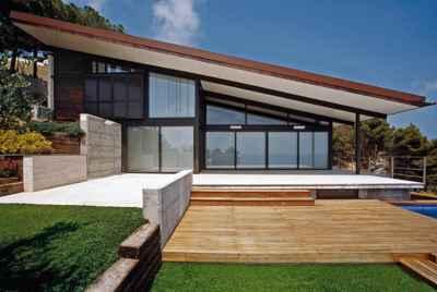 Дизайнерская вилла с видом на море на Коста Брава